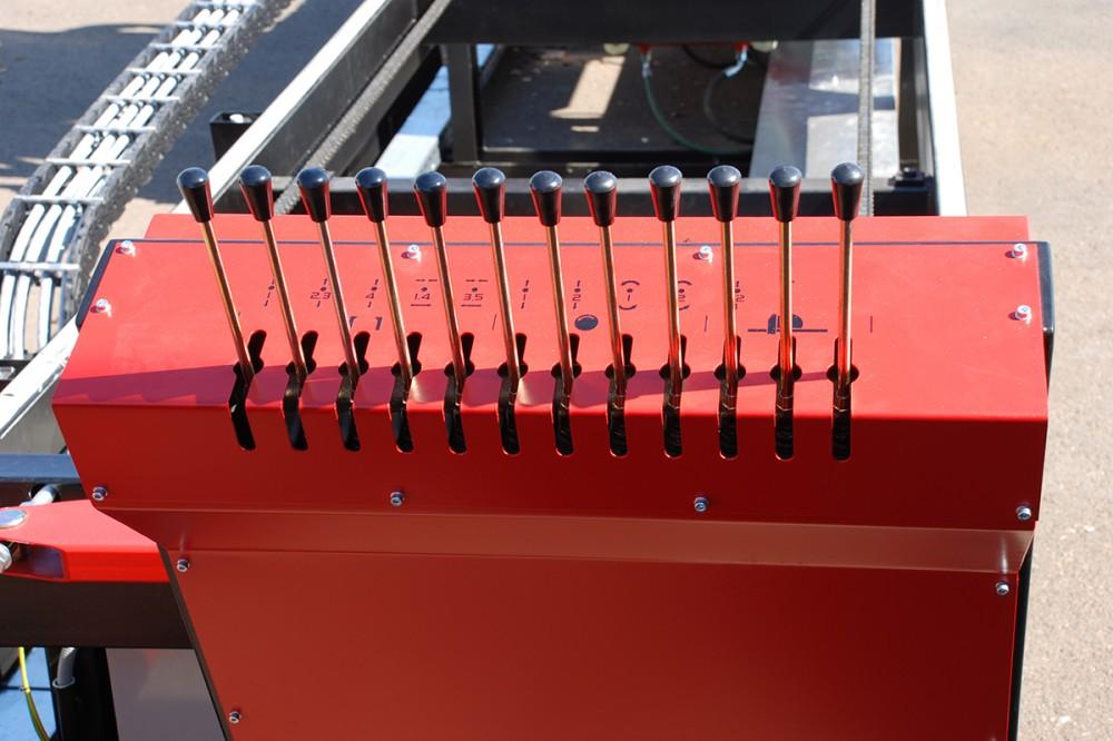 Ovladaci pult hydrauliky KP58L